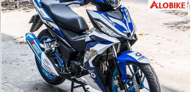 Dán decal xe máy có bị phạt không?