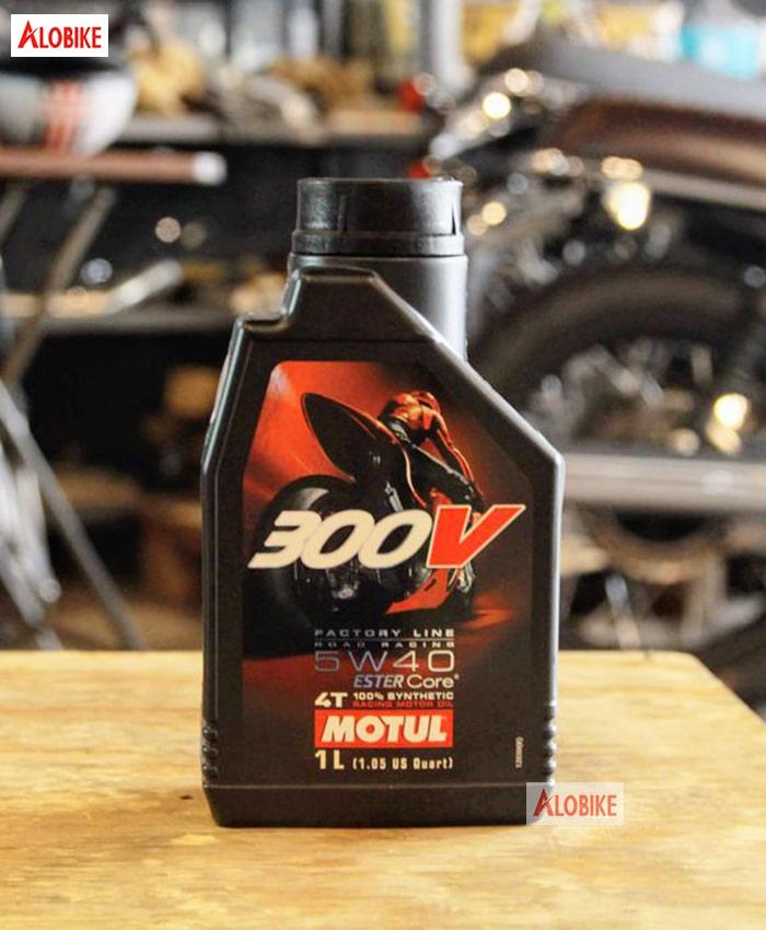Nhớt Motul 300V 5w40 cho xe phân khối lớn