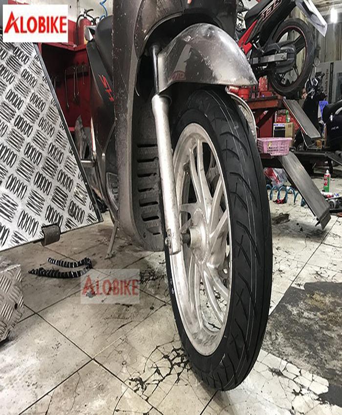 Lốp trước xe Sh Inoue 100/80 - 16 530F