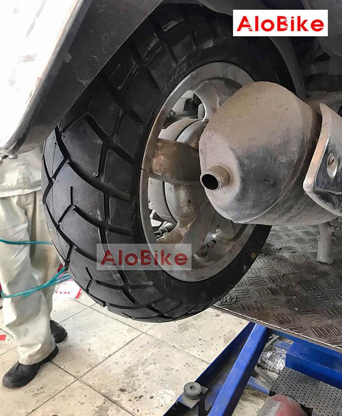 Lốp Maxxis TL 120/70-10 54L xe Vespa Piaggio