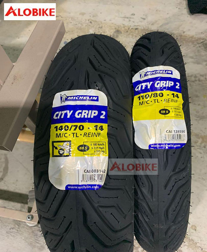 Lốp Michelin 140/70-14 City Grip cho xe NVX, Medley